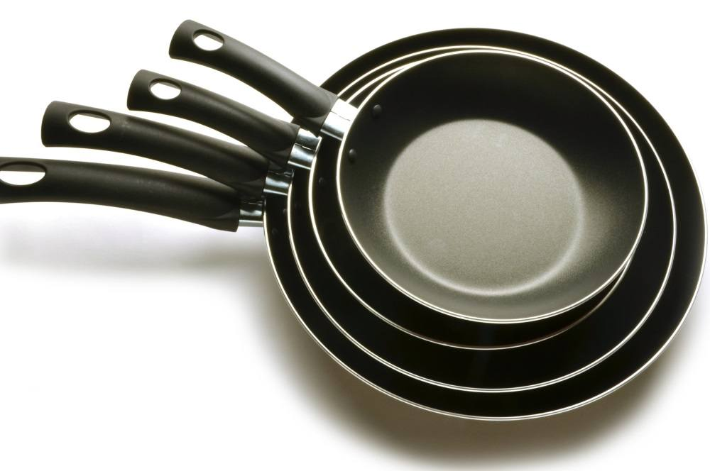 Ceramic vs. Teflon: A Handy Guide | Nonstick Pans Shop